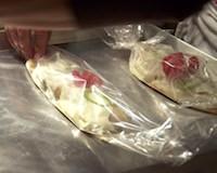 Alcune caramelle di Carta Fata, contenenti un primo a base di ... beh, non possiamo dirvelo :)